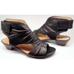Gabor sandal 25.853.27 black leather